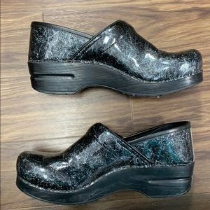Dansko clogs. Size 8 (38). Great condition.